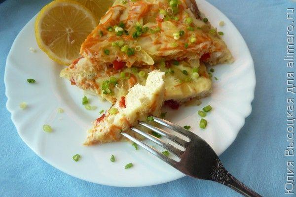 Рыба в омлете с овощами