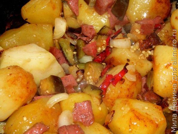 Картофель с колбасой