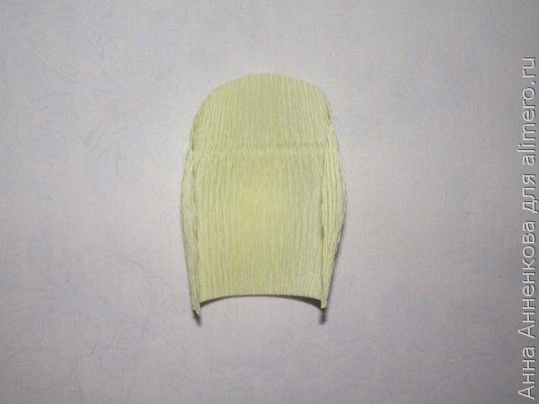 Подснежник из гофрированной бумаги