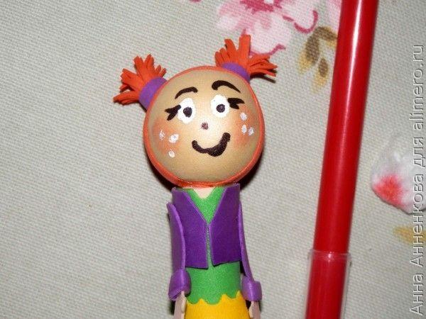 Куколка из фоамирана на карандаш