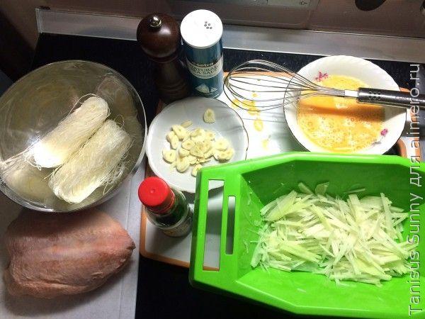 Стир фрай с курицей и фунчёзой