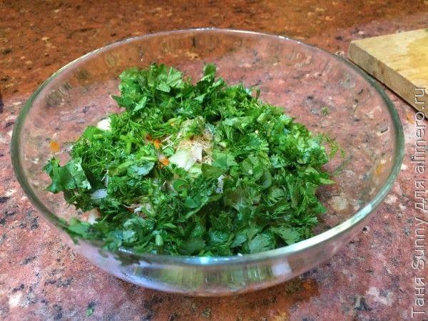 Зелёный салат на ужин для тех, кто держит форму