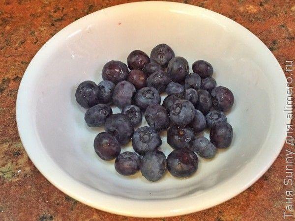 Овсянка на воде здоровая с фруктами