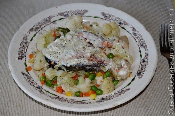 Кета с овощами, запечённая в фольге