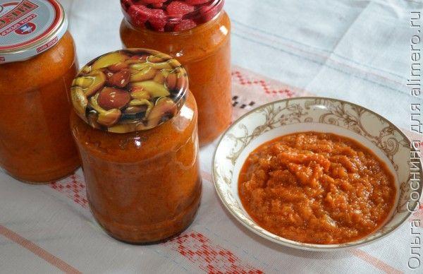 Кабачковая икра на основе томатной пасты с майонезом