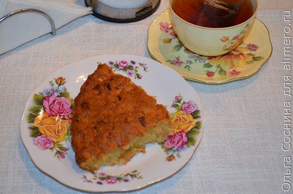 Сладкий пирог из кабачка с фруктами
