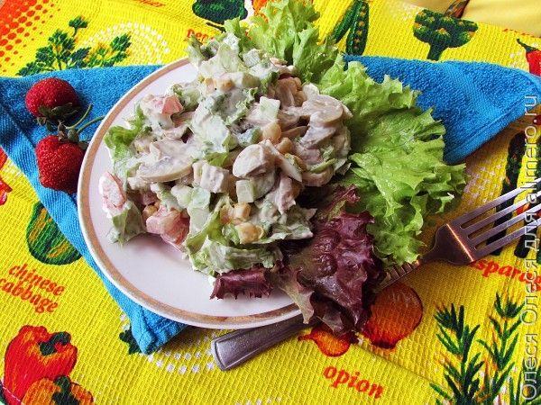 Салат со свининой и кукурузой «Брутальный»
