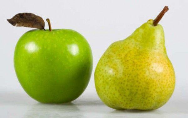 4. Яблоки и груши. Это классика, классика всегда прекрасна. Главное следить, чтобы фрукты не были слишком мягкими и вовремя убирать несъеденные экземпляры из портфеля ( я вот, например, этим в школе очень грешила).