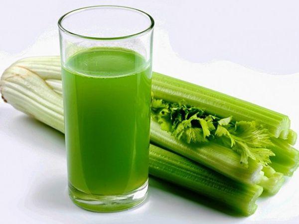 Сельдерей. Про сельдерей вообще молчу, продукт с отрицательной калорийностью и вечером не повредит.