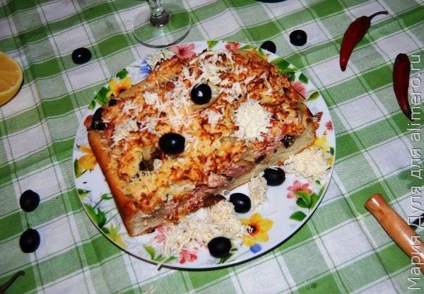 """Рецепт домашней пиццы с колбасой и сыром """"Машина"""""""