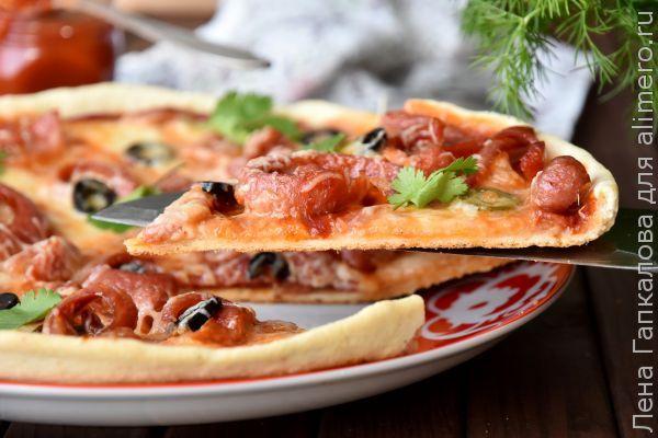 Простое тесто для пиццы на воде с фото