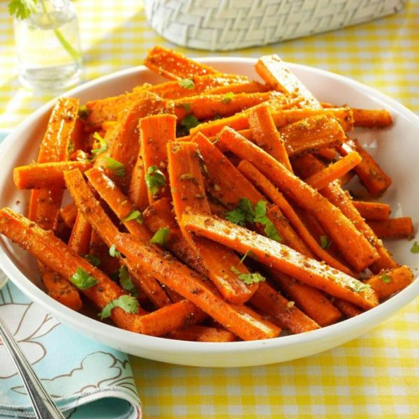 Пряная морковь в духовке - универсальный и вкусный гарнир
