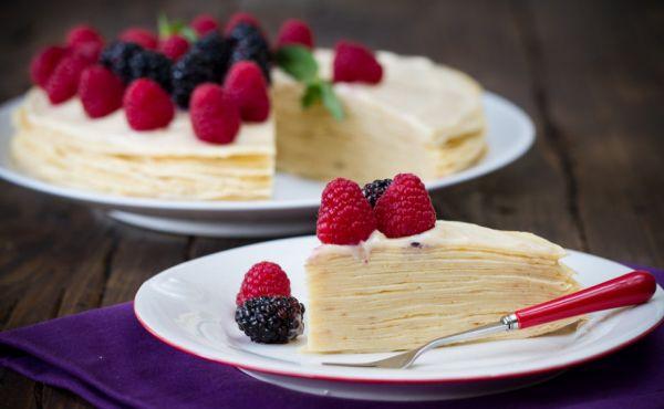  Нежный блинный торт с заварным кремом, рецепты с фото